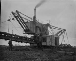 The Lubecker steam driven dredge near Lang Lang. Photo courtesy of the State library of Victoria.