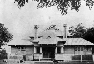 The Courthouse at Charleville, 1916. Photo Courtesy of The State Library of Queensland.